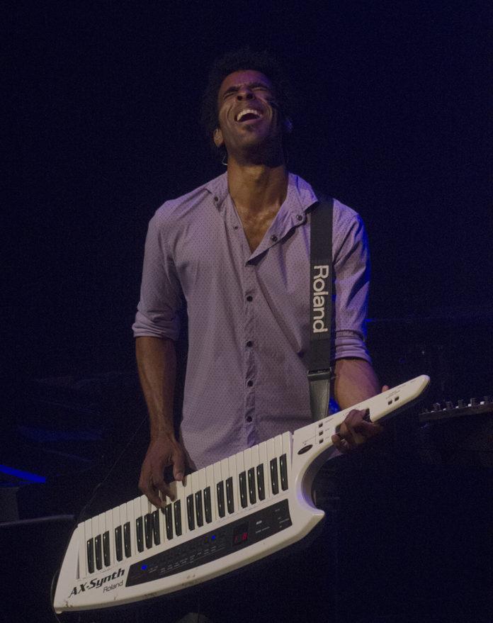 Albertico Lescay durante la presentación de su disco Escape. Fotografías Racso Morejón