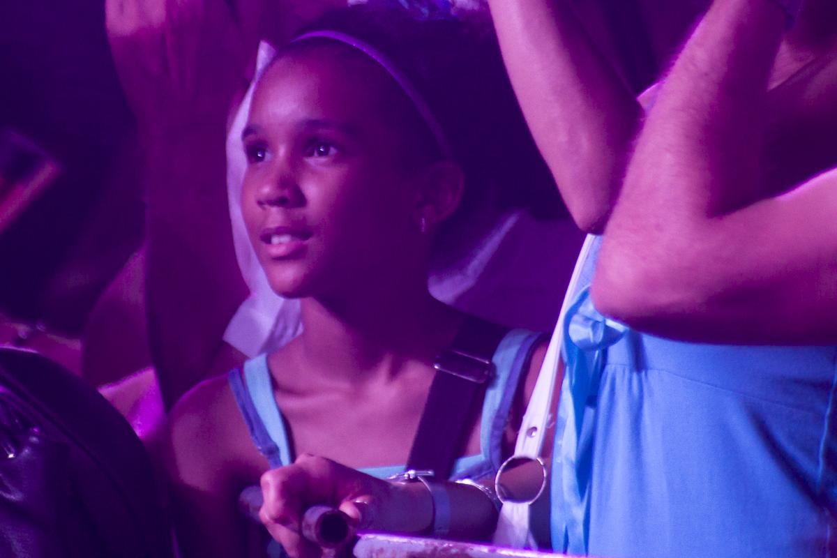 La singular mezcla de generaciones que la mejor canción provoca en Cuba