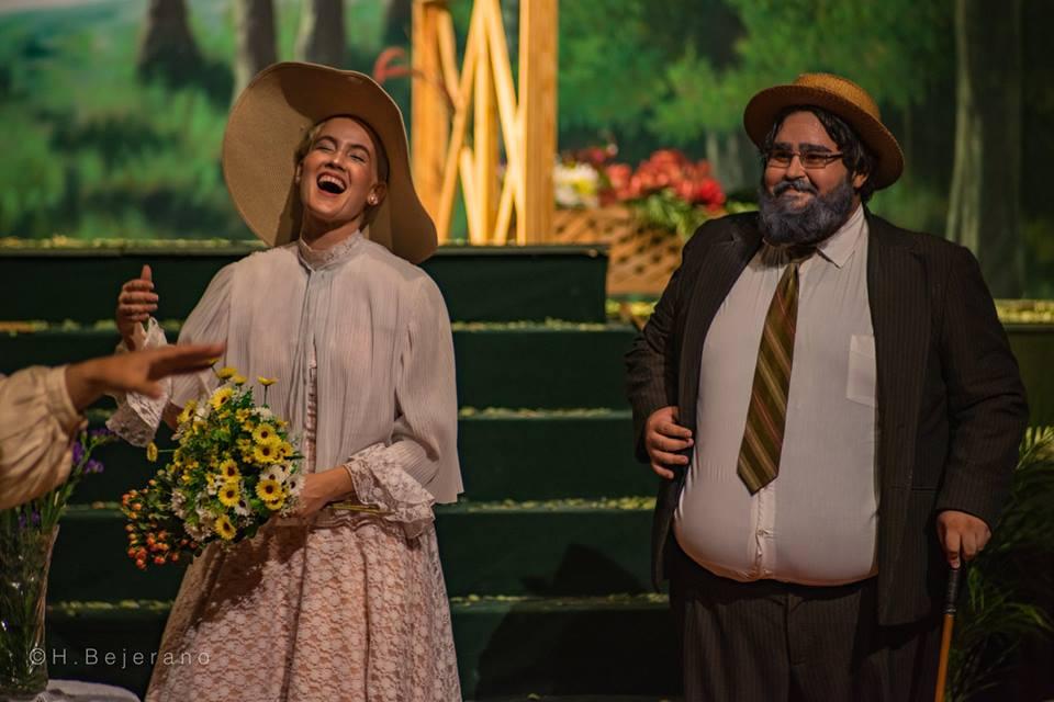 May Reguera en el personaje de Sofía en la puesta en escena de Cinco atardeceres para piano. Foto Racso Morejón