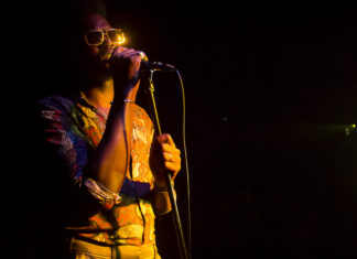 Erik Alejandro Iglesias (Cimafunk) en concierto por el primer aniversario de zaframedia.com